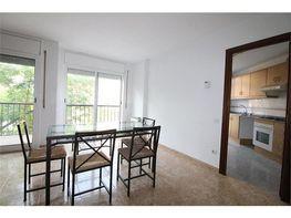 Pis en venda carrer Afores, Ripollet - 390907122