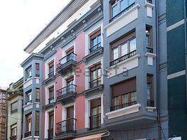 Piso en venta en calle Salustio Regueral, Centro en Gijón