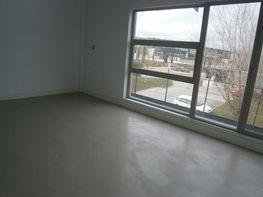 Salón - Loft en venta en calle Henares, Camarma de Esteruelas - 247779152