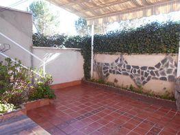 Patio - Chalet en venta en calle Ramon Maria del Valle Inclan, Espartales en Alcalá de Henares - 262508182