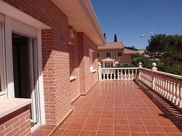 Chalet en venta en calle Ribera, Meco - 367209795