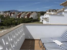 Apartamento en venta en urbanización Arroyo Las Cañas, Estepona Este en Estepona