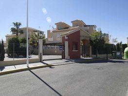 Bungalow en venta en calle Tortolas, La Siesta - El Salado - Torreta en Torrevieja - 399641350