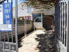 Chalet en venta en calle Pinar, Navalperal de Pinares - 302263013