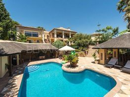 Villa en venta en Nueva andalucia - 130085613