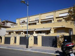 Casa adosada en venta en calle Pau Picaso, Centre en Segur de Calafell