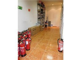 Local en venda calle Rafael Finat, Latina a Madrid - 302469822
