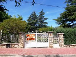 Casa en venda calle Arganda, Loeches - 358389244