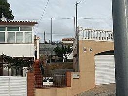 Casa adosada en venta en calle Lurdes, Vallirana