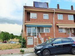 Casa adosada en venta en calle Alpujarras, Perales del Río en Getafe