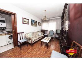 Piso en venta en calle Andrea Puech, Valdeacederas en Madrid - 411055601