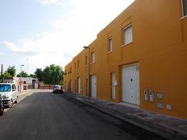 Casa adosada en venta en calle Vespella, Creixell