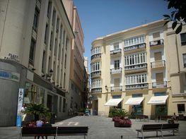 Piso en venta en calle Columela, Centro Histórico - Plaza España en Cádiz - 289126191