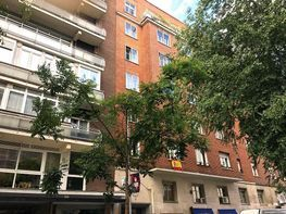 Piso en venta en calle De Juan Bravo, Lista en Madrid