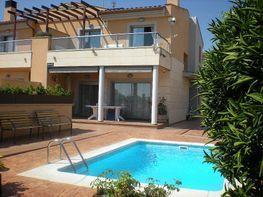 Casa en vendita en calle Mari Santpere, El Francaset en Roda de Barà - 387973634