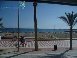 Piso en alquiler en calle Zapillo, Zapillo en Almería
