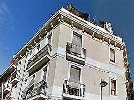 Gebäude in verkauf in calle Bejar, Hostafrancs in Barcelona - 344303809