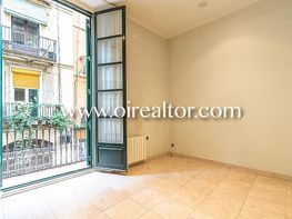 Piso en venta en calle Sant Pere Mes Alt, Ciutat Vella en Barcelona