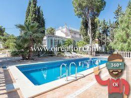 Casa en venta en calle Farigola, Castelldefels