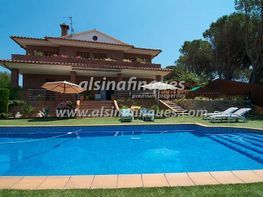 Villa en venta en calle Mestre Lluis Millet, Lloret de Mar - 276214695