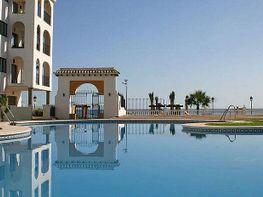 Piscina - Apartamento en alquiler de temporada en Manilva - 261121234