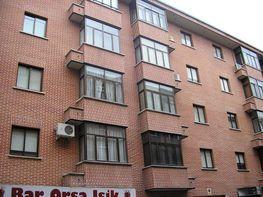 Fachada - Piso en alquiler en calle Valle del Corneja, La Toledana en Ávila - 381126570