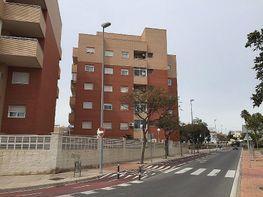 Piso en venta en Los Molinos en Almería