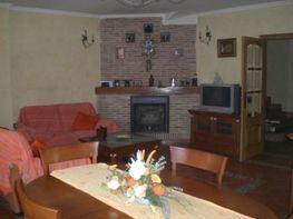 Casa adosada en venta en calle Las Heras, Gilet - 105879587
