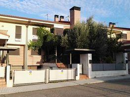 Casa adosada en venta en calle Yugo, Simancas - 350775407
