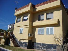 Fachada - Casa en venta en calle Del Bosch, Sant Cebrià de Vallalta - 275117253