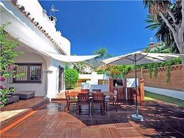 Chalet en venta en calle Manuel Hidalgo, Casco Antiguo en Marbella - 384461703