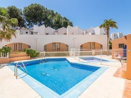 Casa adosada en venta en calle Palma de Mallorca, Torremolinos