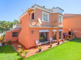 Chalet en venta en urbanización Carib Playa, Cabo Pino - Reserva de Marbella en