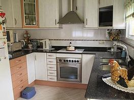 Casa adossada en venda carrer Centro Colegios, Llinars del Valles - 222970386