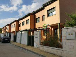 Casa adosada en venta en Yebes