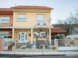 Casa adosada en venta en calle De Lugo, Cangas