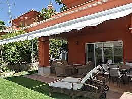 Casa pareada en alquiler en urbanización Santa Clara, Divina Pastora en Marbella - 284211485