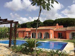 Villa en alquiler en urbanización Artola Alta, Cabo Pino-Reserva de Marbella en Marbella - 417757753