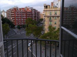 Piso en alquiler en calle Parallel, Sant Antoni en Barcelona