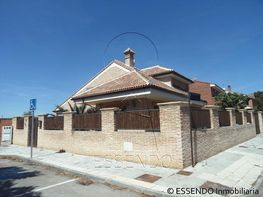 Xalet en venda calle Picasso, Azuqueca de Henares - 138066264