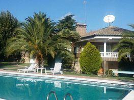Villa en vendita en Boadilla del Monte - 332828514
