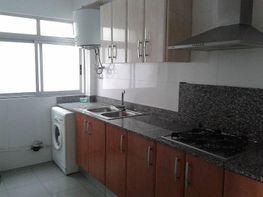 Foto - Piso en alquiler en Torrefiel en Valencia - 417189024