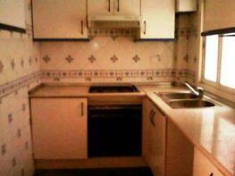 Foto - Piso en alquiler en Benicalap en Valencia - 417189141