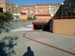 Garage in miete in calle Estacion Hortaleza, Pinar del Rey in Madrid - 122142870
