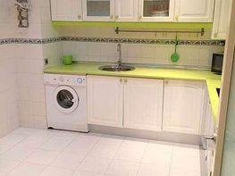 Cocina - Piso en alquiler en calle De Las Ciencias, Av. Ciencias-Emilio Lemos en Sevilla - 350730069