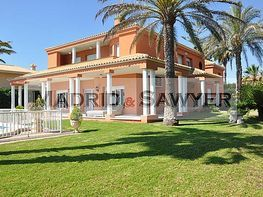 Villa (xalet) en venda calle Del Cabo, Cabo Roig - 252828810