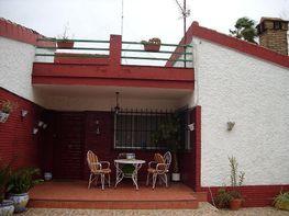 Casa en venta en calle Guadajoz, Palomares del Río - 348123183