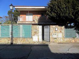 Chalet en venta en calle Avda Navalcarnero, Griñón
