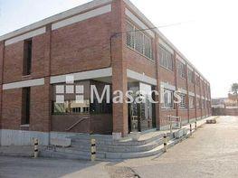 Nau industrial en venda Santa Perpètua de Mogoda - 203878201