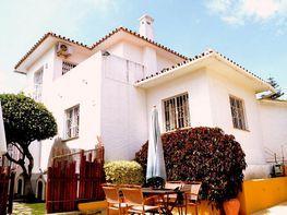 Villa (xalet) en venda calle Baena, La Carihuela a Torremolinos - 347419373